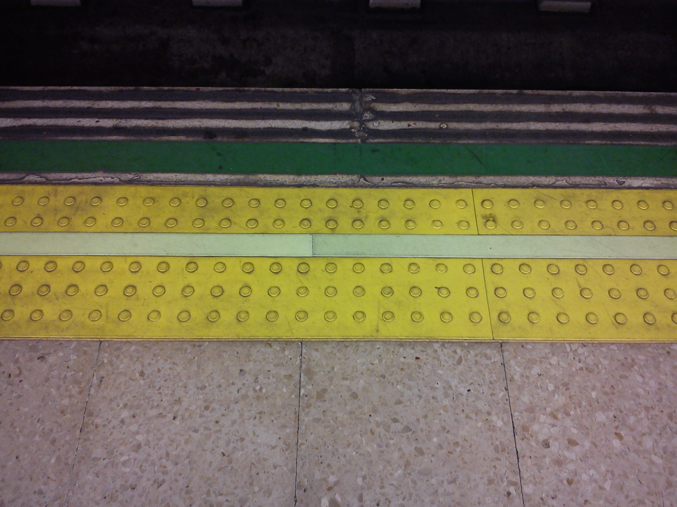 03.Metro